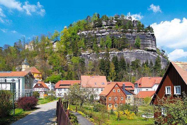 Oybin a skalní ulice v Lužických horách