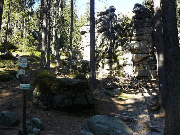 Po skalních vyhlídkách a útvarech
