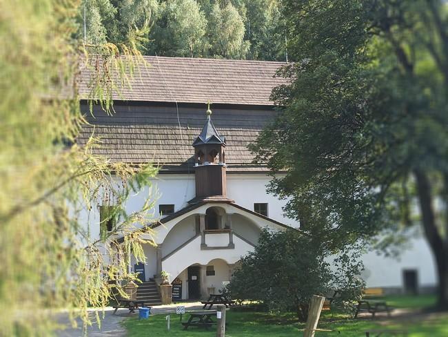 Bischofstein - Dvůr pod skalami